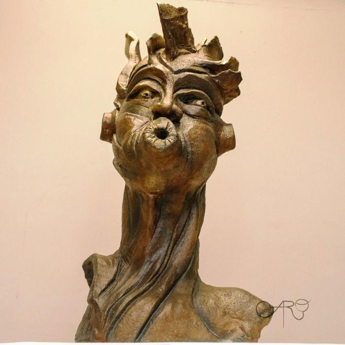 В онлайн-галерее представлены скульптуры Фабиана Каро.