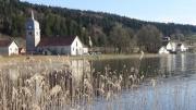 Le Lac de l'Abbaye, jura français, le village.